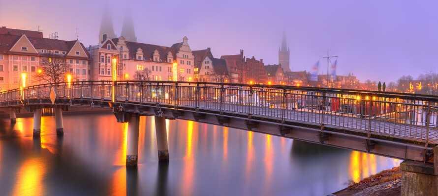 Upptäck hansastaden Lübeck och upplev den gamla stadsdelen som finns med på UNESCOs världsarvslista.