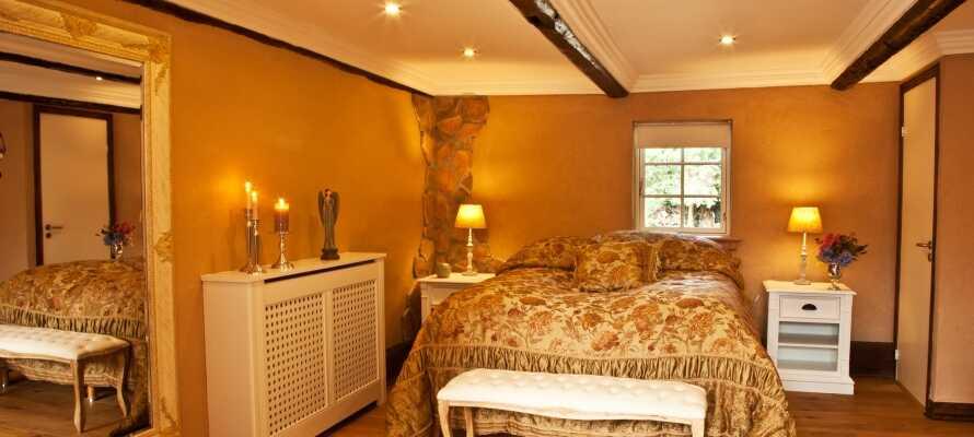 Dere bor på vakkert dekorerte rom med noen av Danmarks beste senger.