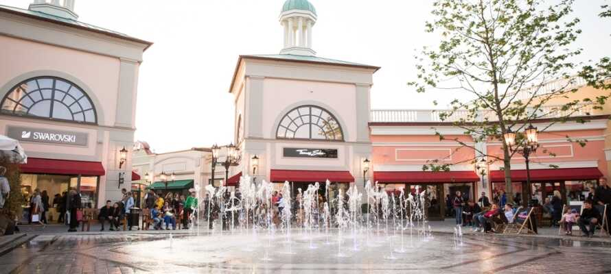 Nord for Quickborn ligger Neumünster, hvor I finder McArthurGlen Designer Outlet.