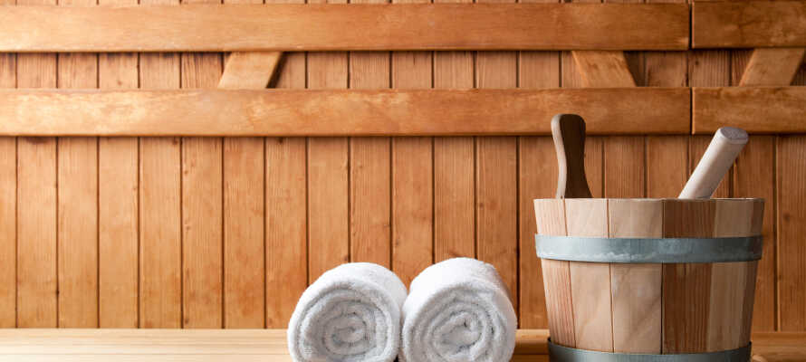 Slap af i hotellets wellness-område med sauna og dampbad. Husk at man skal være god ved sig selv på ferien!