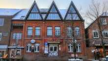 Country Partner Hotel Lüttje Burg ligger i Slesvig-Holsten, inte långt från havet och Kiel.