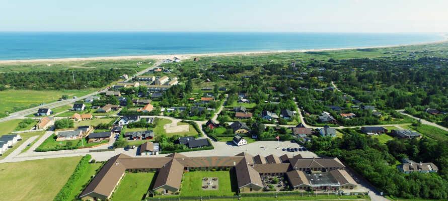 Rønnes Hotel ligger fantastiskt beläget nära både strand och vatten på västra Nordjylland