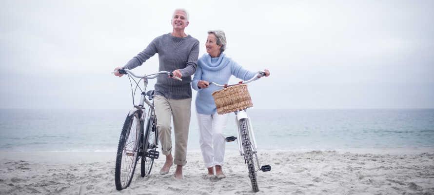 Upplev områdets vackra natur på två hjul. Ni kan hyra cyklar på hotellet!