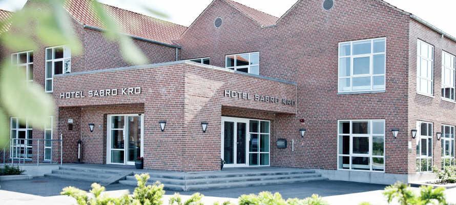 Montra Hotel Sabro Kro er et vakkert og stilig hotel, med vekt på kos, komfort og personlig service.