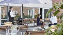 Velkommen til det 4-stjerners Montra Hotel Sabro Kro, bare 15 km unna Århus.