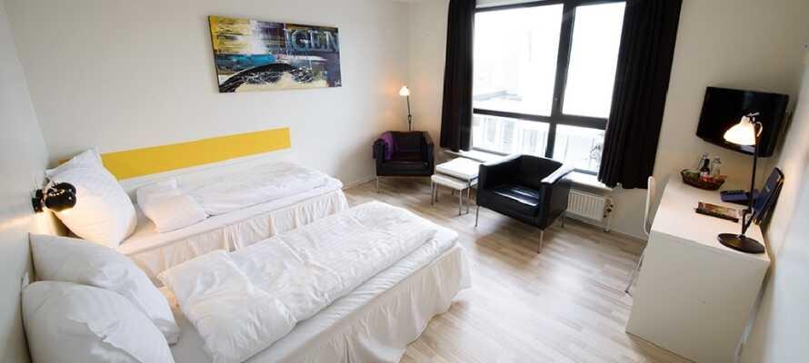 Værelserne er moderne og lyse, hvor I får en god nats søvn inden næste dags udflugter.