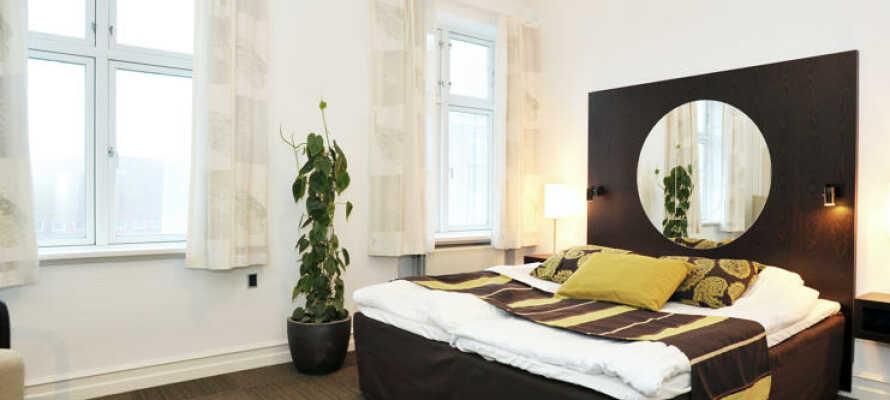 Værelserne på Hotel Europa Aabenraa er moderne indrettede og har Nespresso kaffemaskine til fri afbenyttelse.