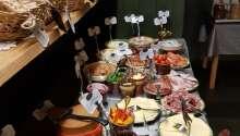 Hotellets morgenbuffet har høstet store roser fra Lonely Planet