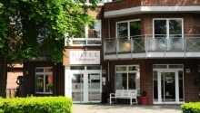 Hotellet ligger i rolige og naturskønne omgivelser i Blankensee som er en forstad til Hamburg