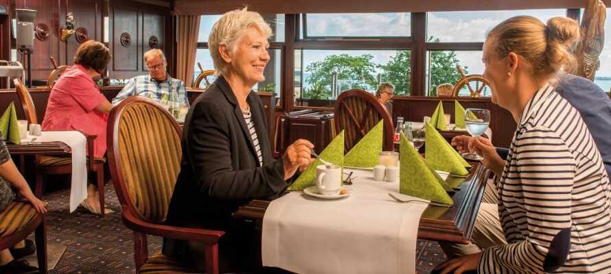 Nyt et ophold med massevis av kos, avslapning, god mat og fantastiske omgivelser i Nord-Tyskland