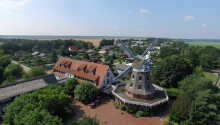 Hotell Lewitz Mühle ligger i ett vackert, naturskyddat område i Mecklenburg-Vorpommern.