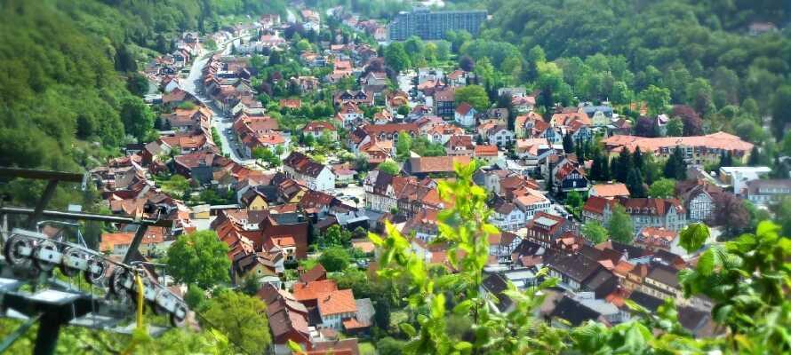 Besök den 800 år gamla staden Bad Lauterberg med  korsvirkeshus och mysiga gator.