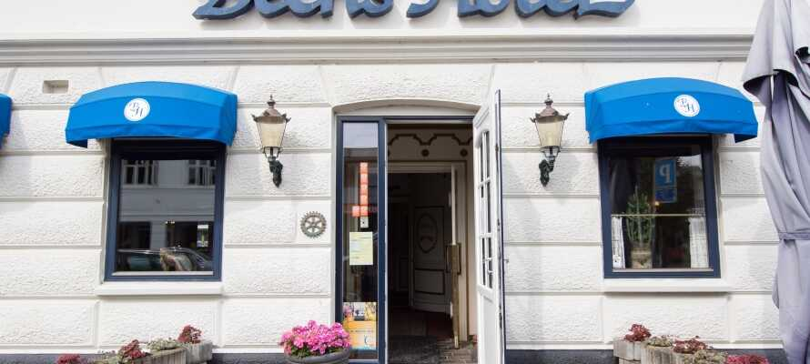 Bechs Hotel ligger sentralt i den vestjyske byen Tarm og her har dere et godt utgangspunkt for både natur- og kulturelle opplevelser i Vestjylland.