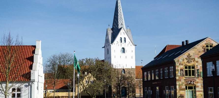 Dette hotel har en dejlig beliggenhed i Varde, i kort afstand fra købstadens charmerende centrum.