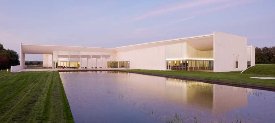 Erleben Sie ein einzigartiges Erlebnis im Kunstmuseum HEART in Herning, das spannende Kunstausstellungen in modernem Ambiente bietet.