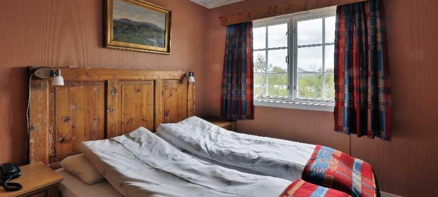 I bliver indkvarteret på et typisk norsk fjeldhotel i en varm og hjemlig atmosfære.