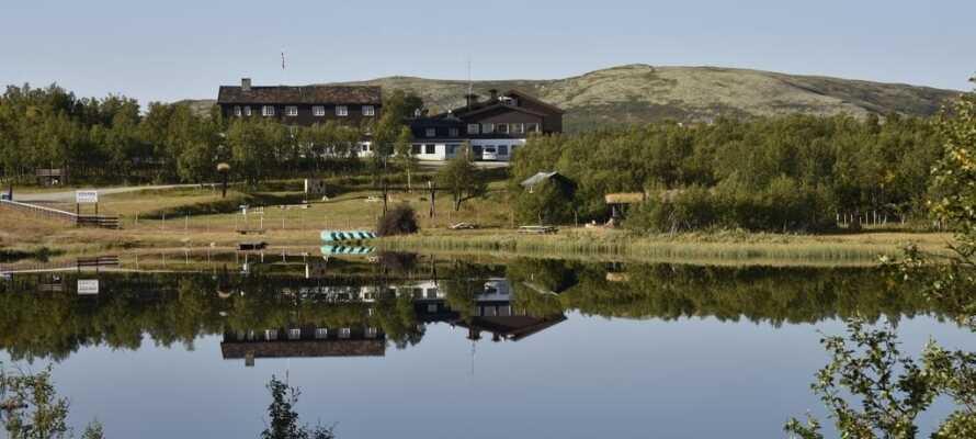 Hotellet ligger i et åpnet fjellområde i Ringebu ved Rondane.