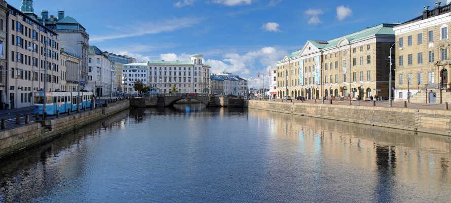 Center Hotel ligger vid Göta kanal i Göteborg och bjuder på en ideal utgångspunkt för en trevlig vistelse.