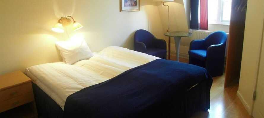 De bekväma rummen bjuder på en hemtrevlig känsla och erbjuder sina gäster en god natts sömn.