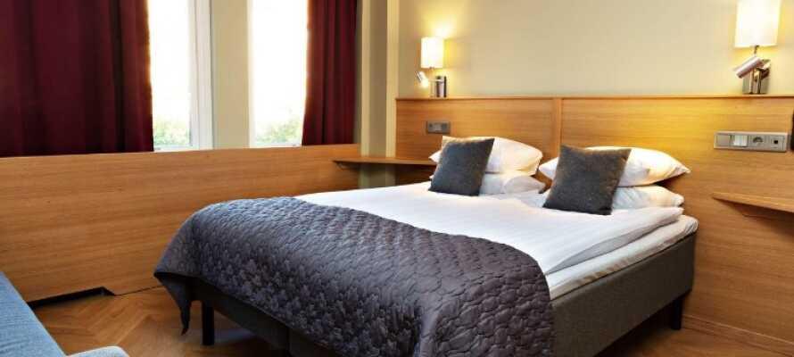 Hotellet har trevliga rum där ni kan koppla av mellan turistande och shopping