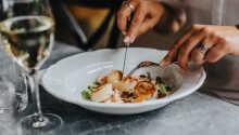 Hotellets restaurant byder på lokalt inspirerede retter