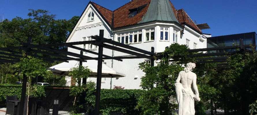 Willkommen in Kiviks Hotell in dem kleinen Ort Kivik in der Region Österlen.