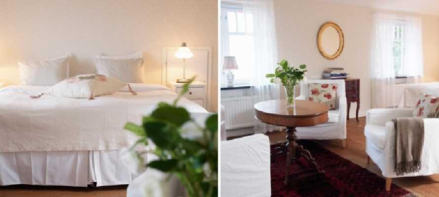 Hotellet har 27 koselige rom, i tre ulike bygninger.