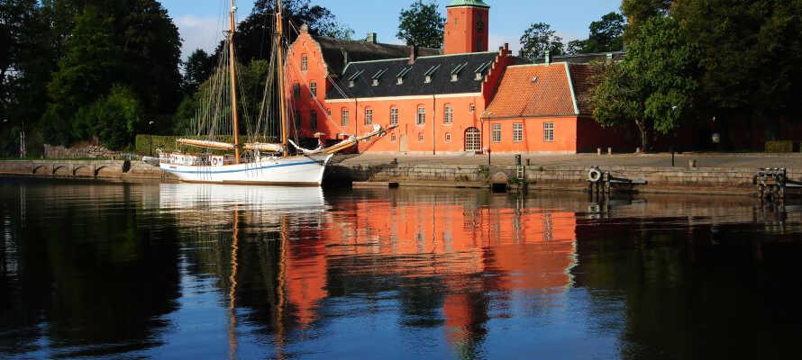 Tag på en endagstur til Halmstad eller Tylösand, to smukke byer vel værd at besøge på en bilferie langs vestkysten.