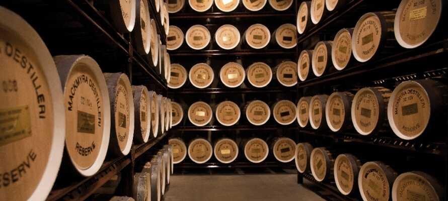 Mackmyra Whisky - verdens mest klimavenlige destilleri ligger kun 8 km fra hotellet og er et besøg værd