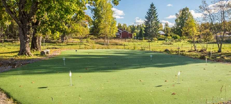 Spielen Sie eine Runde Golf oder machen Sie einen Spaziergang in der schönen Landschaft