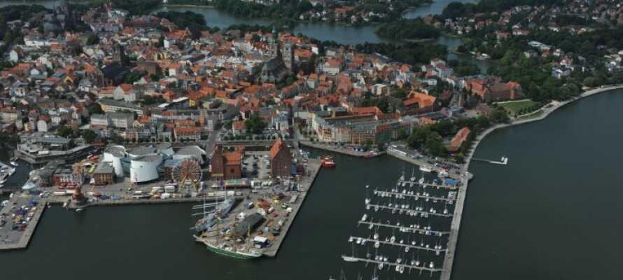 Nyt en avslappende ferie på Hotel Hafenresidenz Stralsund, der du kan utforske byen og shoppe rundt.