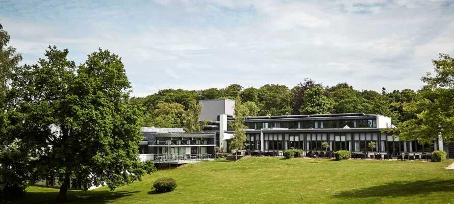 Comwell Holte ligger perfekt med vackra naturomgivningar endast 15 km från Danmarks pulserande huvudstad.