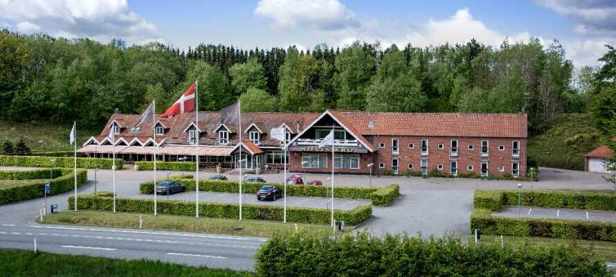 Nilles Kro ligger ca. 16 km fra sentrum av Aarhus i et nydelig område hvor naturen og stilheten råder