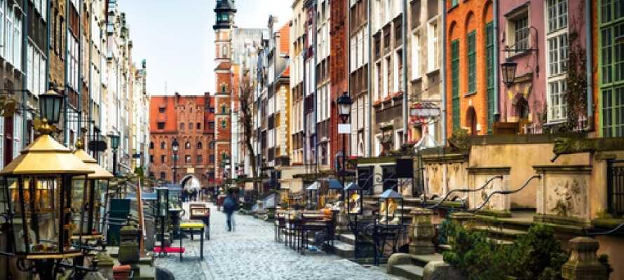 Gdansk bjuder på en härlig atmosfär som upplevs bäst genom att strosa runt och utforska staden till fots.