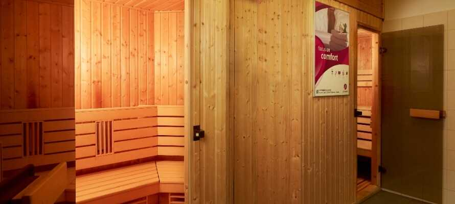 Entspannen Sie nach einem ausgedehnten Rundgang in der Stadt in der hoteleigenen Sauna