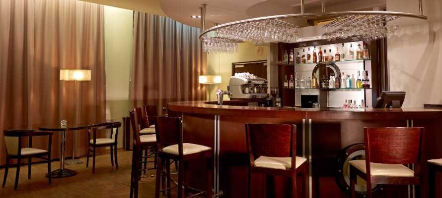 Die Hotelbar serviert ausgezeichnetes polnisches Bier
