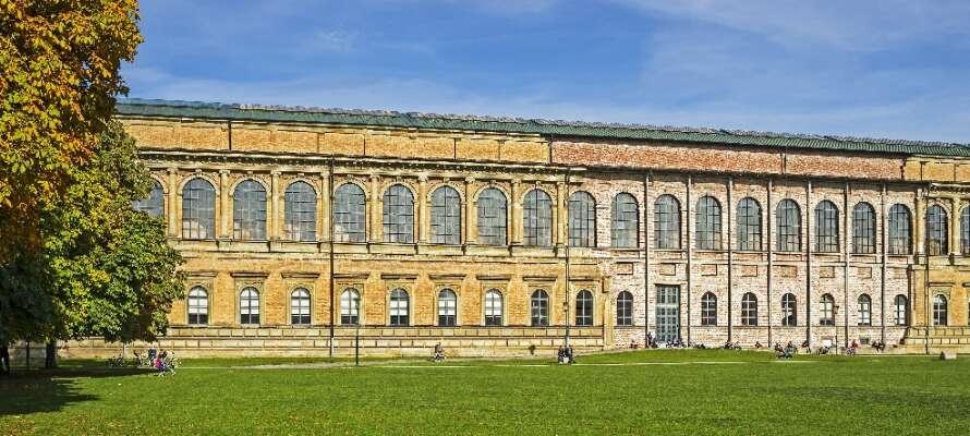 München har noen av de beste kunstmuseene i hele Tyskland slik som Der Alte Pinakothek fra 1836.