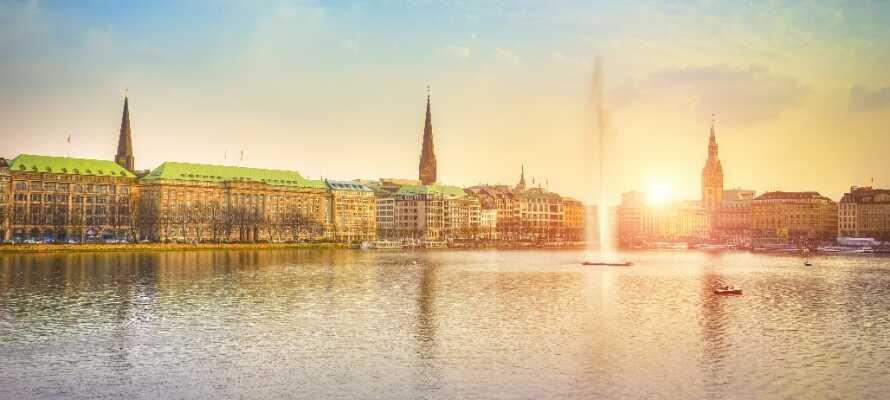 Opplev den skjønne solnedgangen med en romantisk Twilight Sightseeing Tour på Alster.