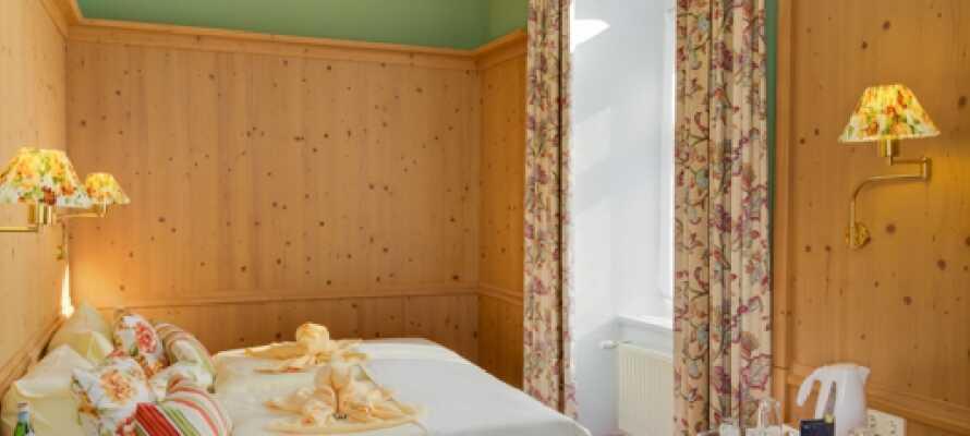 Es besteht die Möglichkeit, ein Upgrading in ein Schlosszimmer im Schwesterhotel Schlosshotel Nebra zu bekommen.