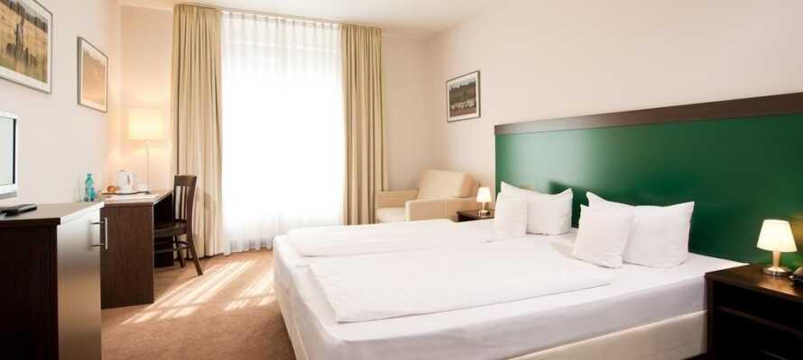 I bor på moderne og behagelige værelser, som alle tilbyder god plads og et lækkert komfortniveau.