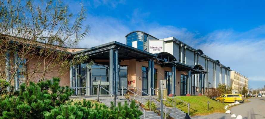Det 4-stjernes hotellet ligger i den nordøsttyske universitetsbyen Greifswald, ca. 5 km. fra kysten av Østersjøen.