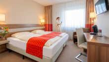 Hotellets værelser tilbyder alle et højt komfortniveau i hyggelige og lyse rammer