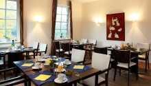 Das gemütliche Restaurant legt großen Wert auf Nachhaltigkeit und bietet Gerichte der modernen Landhausküche an.