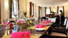 Den hyggelige restauranten har stor fokus på økologi og tilbyder retter basert på det moderne landkjøkken.