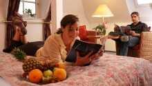 Hotel Parkresidenz Putbus Wreecher Hof erbjuder en behaglig bas för en semester med avslappning, romantik och fantastisk natur.