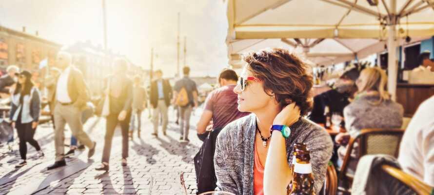 Lad Jer suge ind af den fantastiske atmosfære i populære Nyhavn