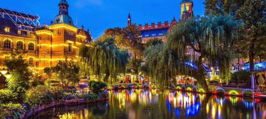 Passa på att besöka den magiska nöjesparken Tivoli under er semester.