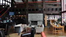 Resepsjon, lobby og bar