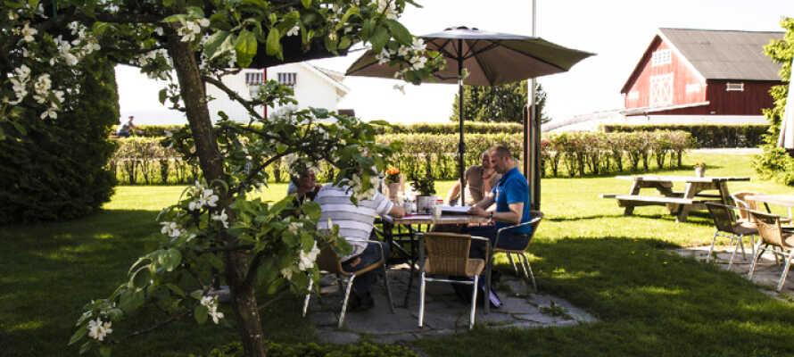 Dette hyggelige gæstehus ligger i landlige omgivelser tæt på den magiske Finnskogen og elven Glomma.