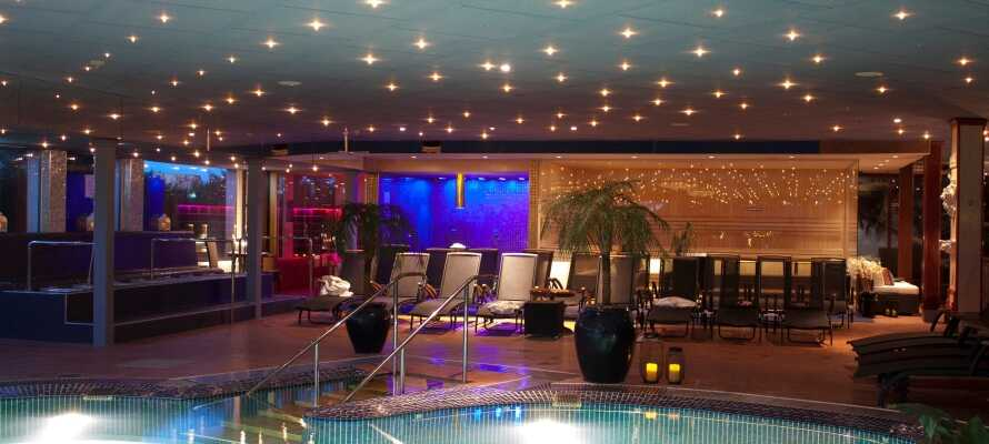 Som overnattende gjester på Säröhus Hotell har dere fri tilgang til herlige Särö Källa Spa.